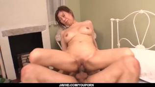 Gorgeous amazes with her slow blowjob